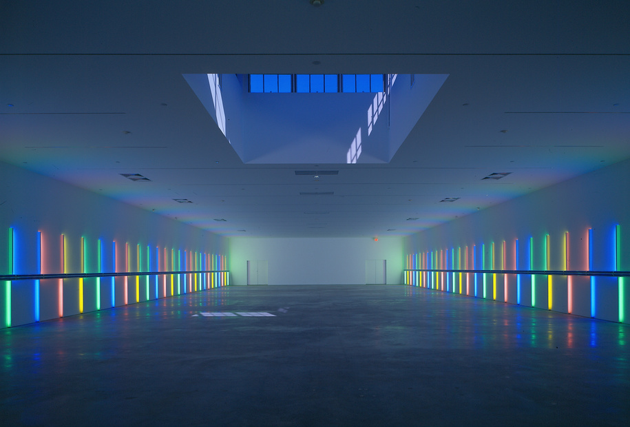 Dan Flavin - Richmond Hall - The Menil Collection Houston - 1996 - Ph. Hickey-Robertson